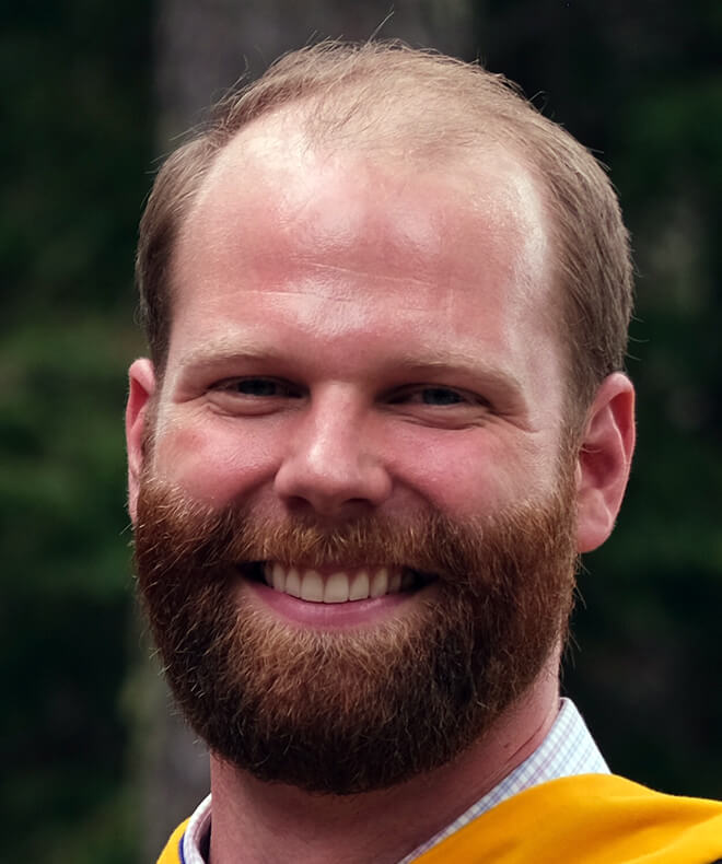 ross randall headshot - state services youth clinician seacoast new hampshire